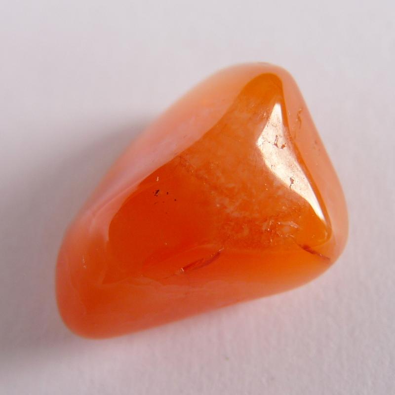 Karneol - vlastnosti kamene, horoskopy, čakry