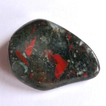 Krevel, Heliotrop - vlastnosti kamene, horoskopy, čakry