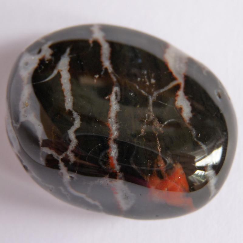 Sardonyx - vlastnosti kamene, horoskopy, čakry